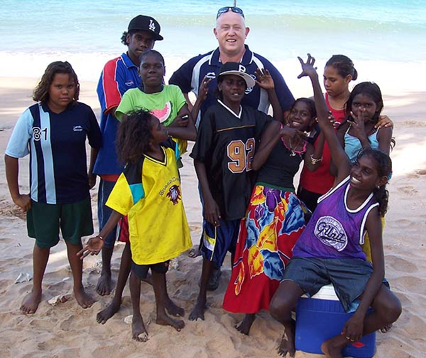 Dave Onley with Aboriginal Children